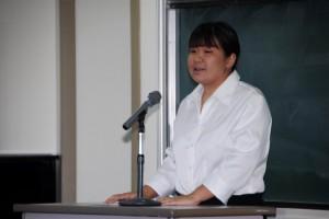 紀の川市の児童発達支援センターに勤務する横山瞳さん