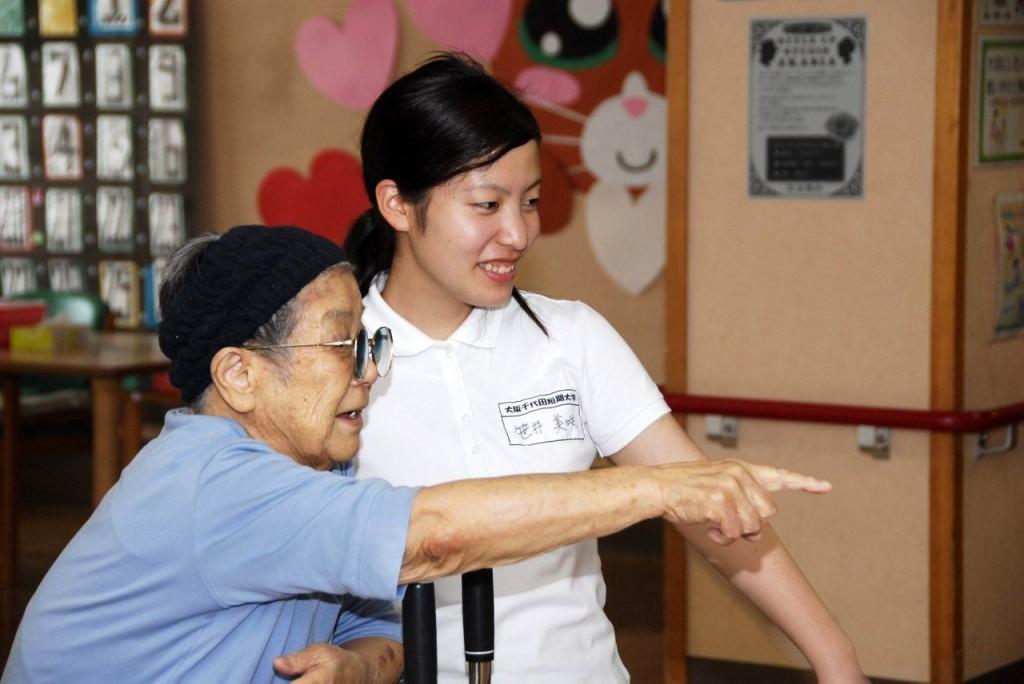介護福祉コース2回生 実習 がんばってます!