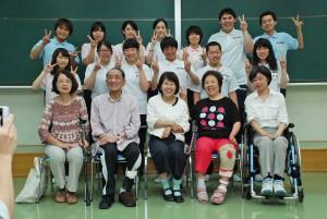 障がい者を招いての授業(介護福祉コース2回生)