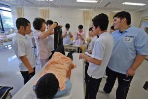 介護過程Ⅰの授業(介護福祉コース1回生)