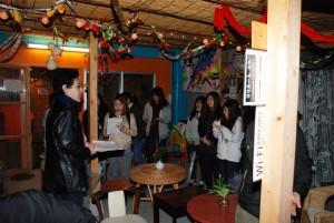 人権教育論の課外活動で夜回りボランティア